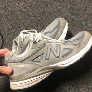 New Balance 990 v4 worn a handful of times mens 11